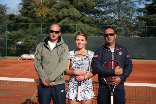 Oliynykova and her coaches, Juraj Dusparic (right) and Martin Filipovic. (Photo courtesy of sashkatennis.com.)
